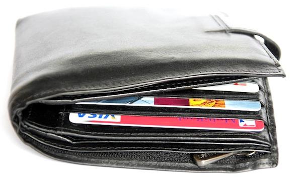 パンパンになった財布は金運が悪い